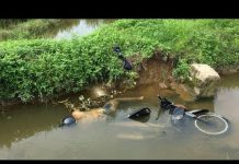 Xem Người dân đi làm đồng tá hỏa thấy 2 TN với xe máy dưới kênh