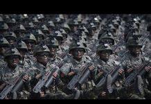 见 美媒:朝鮮遊行破綻百出 一場滑稽模仿秀