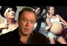 View Christopher Hitchens: Why Women Still Aren't Funny