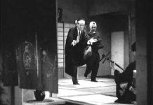 见 俺もお前も – 横山エンタツ・花菱アチャコ冒頭の滑稽な踊りのシーン