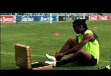 Video Nike Football Presents: Ronaldinho Crossbar Remastered