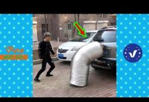 View Funny Videos 2018 ● People doing stupid things P41
