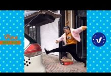 View Funny Videos 2017 ● People doing stupid things P32