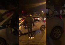 Xem Va chạm thanh niên gọi hội đến sử đẹp anh taxi