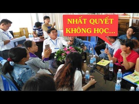 Hàng loạt Phụ huynh ở Tiền Giang kiên quyết không cho con học Công nghệ giáo dục của GS Hồ Ngọc Đại