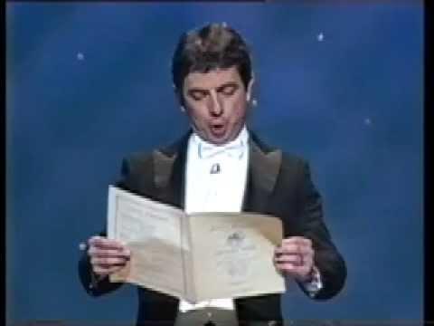 Xem Rowan Atkinson (Mr. Bean) European Anthem – 'Beethoven's 9th Symphony'