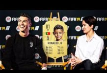 Video FAMOUS FOOTBALL PLAYERS KIDS FIRST EVER FIFA CARDS!!