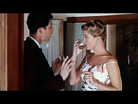 Xem LAST WOMAN ON EARTH | Antony Carbone | Betsy Jones-Moreland | Full Length Drama Movie | English | HD