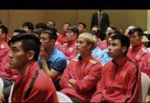 Hôm nay, tuyển Việt Nam đi học công nghệ VAR chuẩn bị cho tứ kết gặp Nhật Bản.