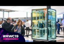 Xem Huawei vs Samsung: Họ trưng bày điện thoại màn hình gập tại quầy triển lãm như thế nào?