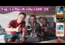 Xem Quanglinhvlogs || Mua Điện Thoại Mới Tặng 2 Anh Đen ( Buy a phone for 2 brothers )