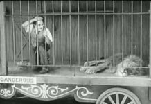 Xem Charlie Chaplin – The Lion's Cage